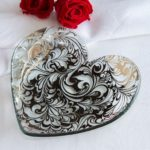Arabesque Glass Heart Plate