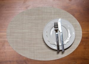 Parchment Mini Basketweave Oval Placemat