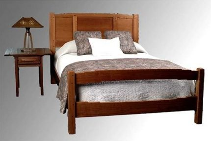California Arts & Crafts Bed