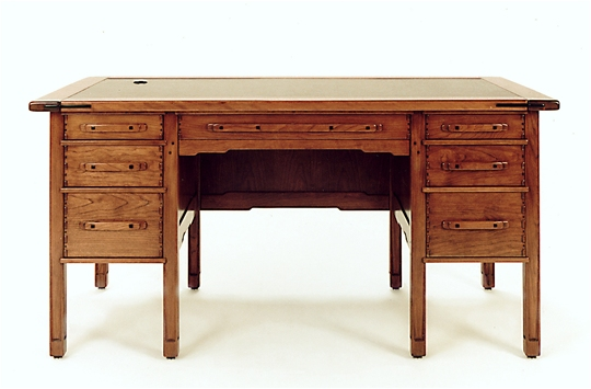 California Arts & Crafts Desk