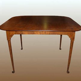 Square Spoonfoot Table