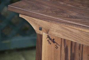 Entertainment Console Corner detail