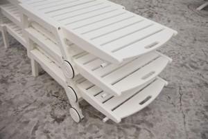 Classic White Nautical Chaise