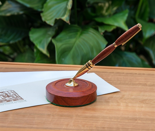 Wood Turned Pen & Stand