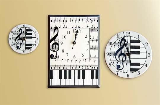 Music Notes Clocks