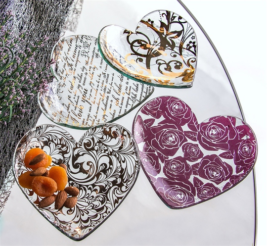Glass Heart Plates - Sawbridge Studios