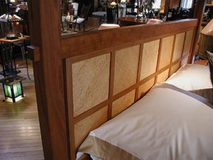 Windoepane High Post Bed Headboard Detail