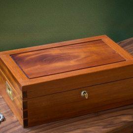 Large Dovetail Jewelry Box