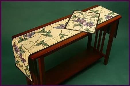 """Flowers & Vines"" Table Runner and Placemat"