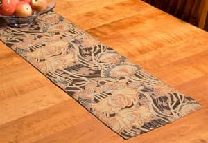 Isabella Table Runner
