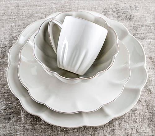 Hartland Scallop Dinnerware