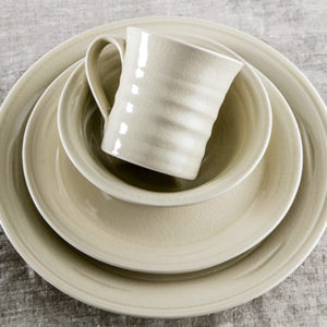 Belmont Crackle Ivory Dinnerware