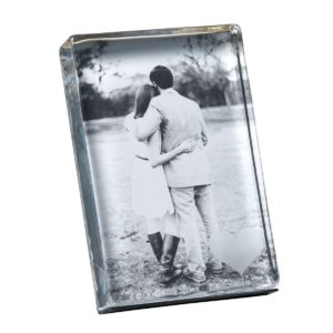 Vertical Woodbury Photo Block with Engraved Heart